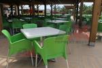 Пластмасов зелен стол, за външно ползване