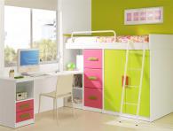 Детска стая в бяло зелено и розово